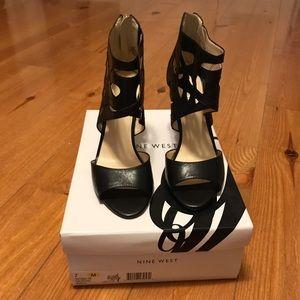 Nine West Fabeyana Sandals/Heels Black 7